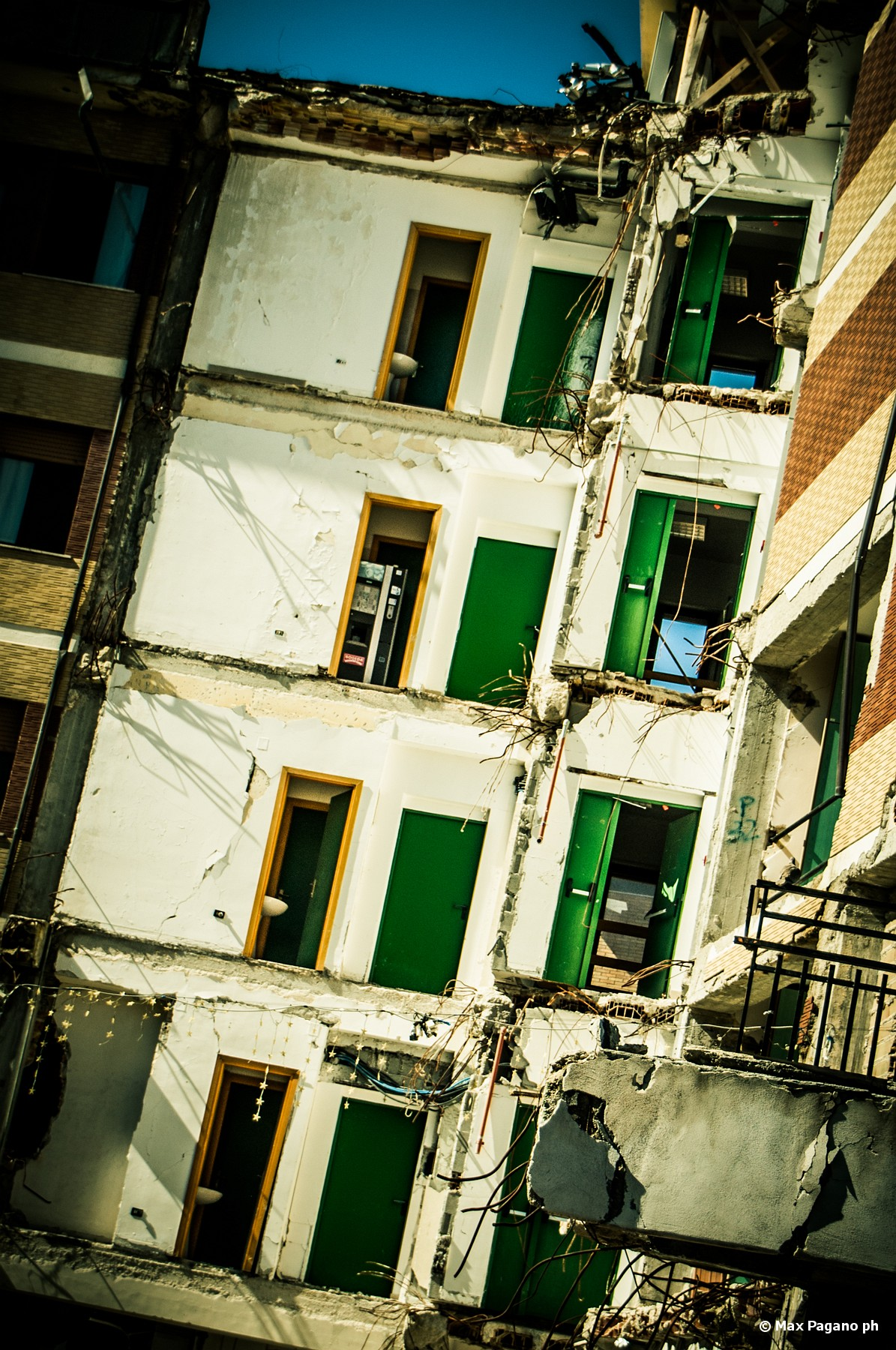 slides/L_Aquila-Earthquake-018.jpg